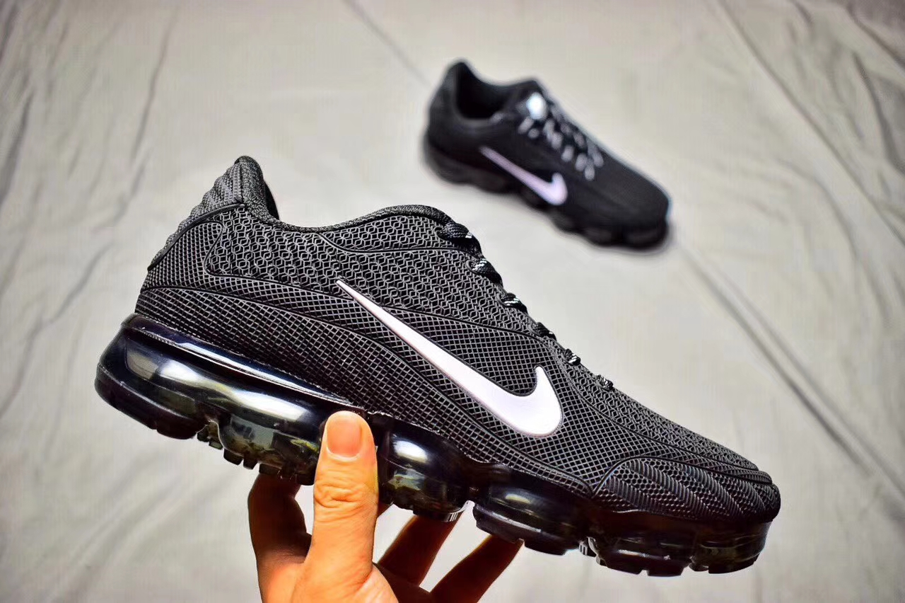 factory price 4a17a 2806f Fashion Sneakers Nike Air Max 2018 Black White Running Shoe Nike VaporMax  New Release Air Max